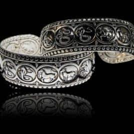 Armband 12 sterrenbeeld symbolen witmetaal