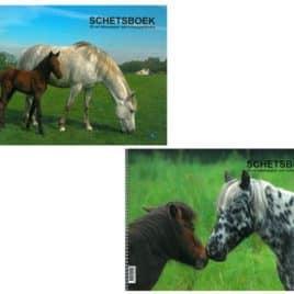 Schetsboek paard A4, met spiraal (120 gram)