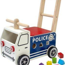i'm toy loop en duwwagen politie