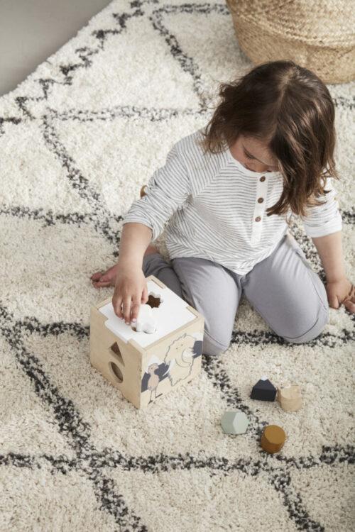 kids concept vormendoos neo met kindje 2