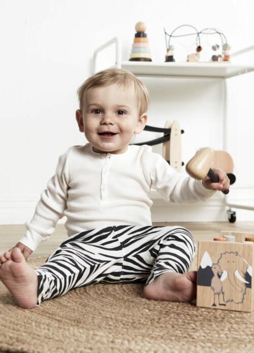 kids concept vormendoos neo met kindje