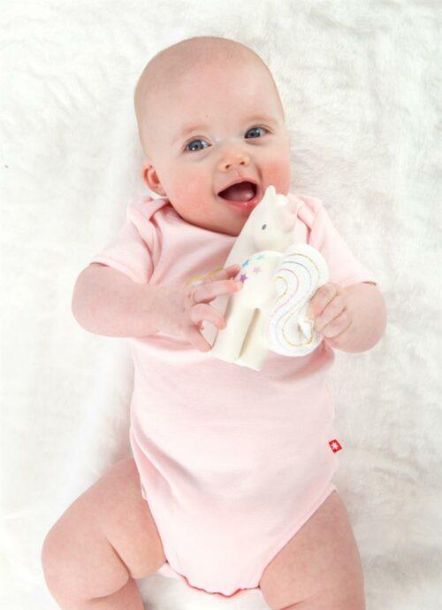 tikiri eenhoorn lachende baby 1